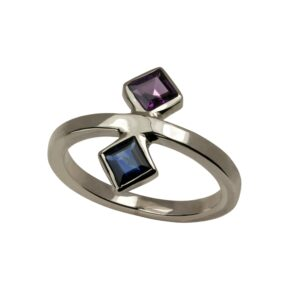 Geo silver ring with midnight blue sapphire and red garnet